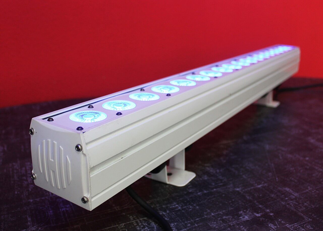 Аренда Led wall washer 18x3W в Украине
