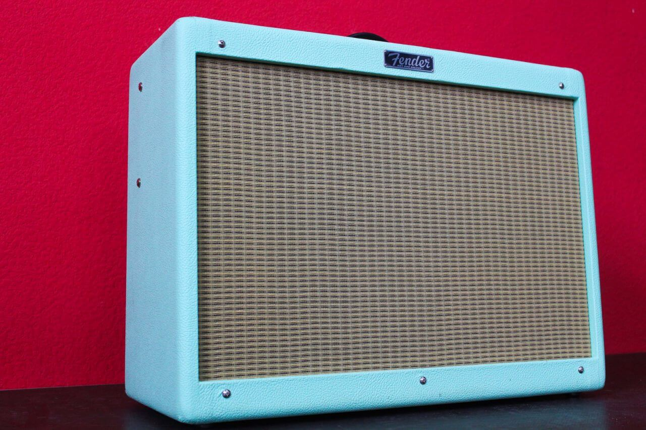 Аренда Fender Hot Rod Deluxe IV LTD Surf Green в Украине