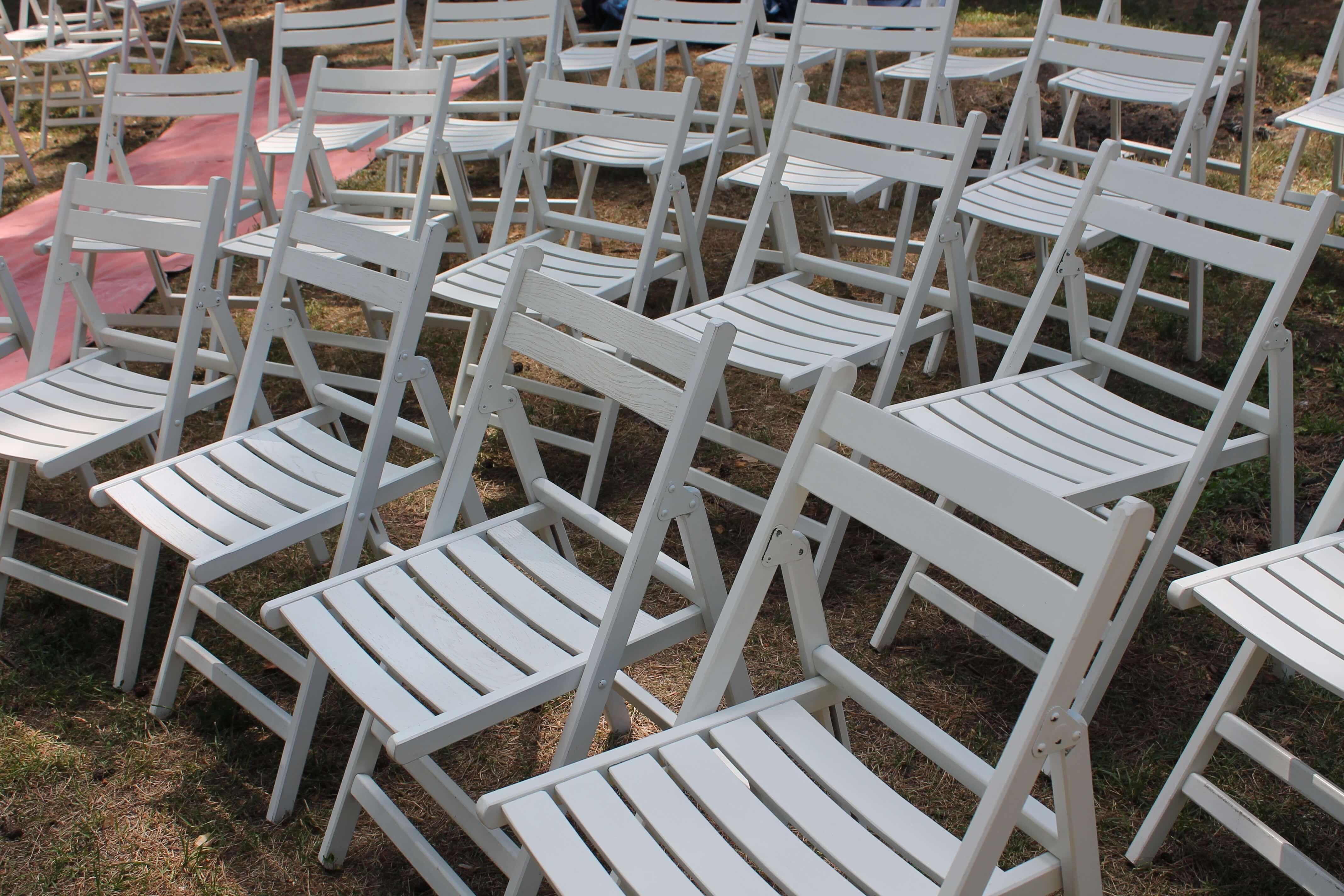 Аренда складных стульев для свадьбы